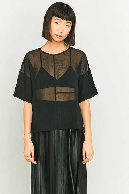 Light Before Dark – T-Shirt aus Chiffon im Bahnendesign in Schwarz