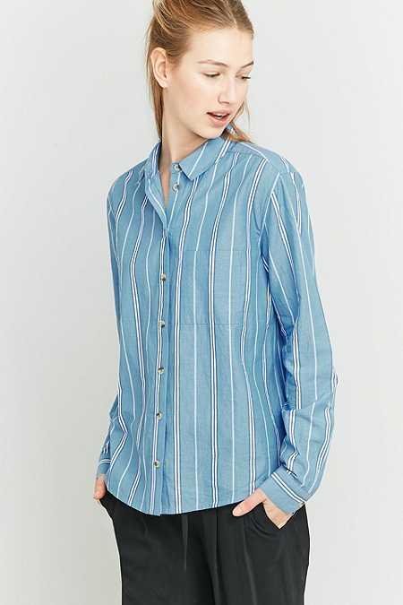 Urban Outfitters – Gestreiftes Hemd in Blau mit Knopfleiste