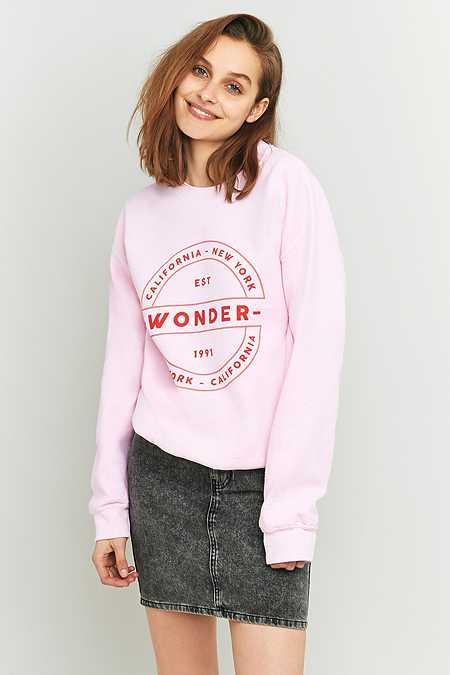 """Light Before Dark – Sweatshirt """"Wonder"""" in Rosa mit Rundhalsausschnitt"""