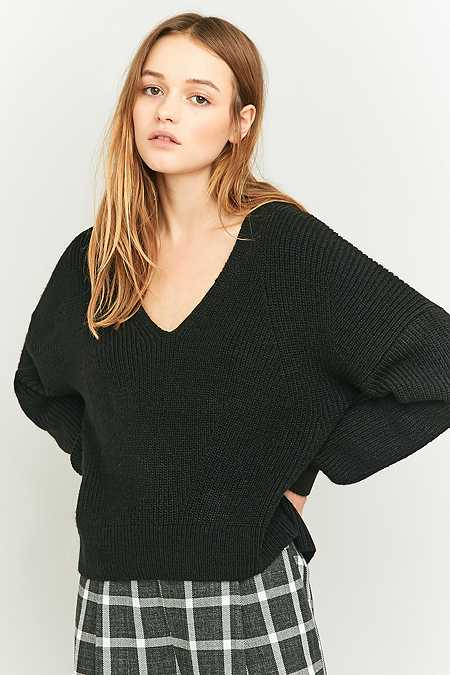 BDG Fisherman Black V-Neck Jumper