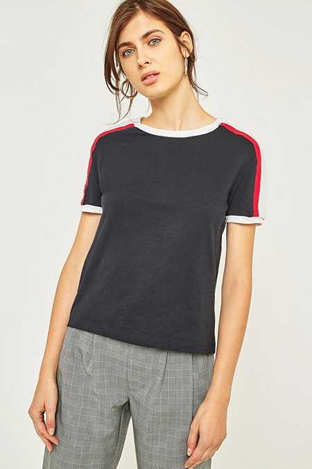 BDG – Sportliches, gestreiftes T-Shirt mit Rundhalsausschnitt