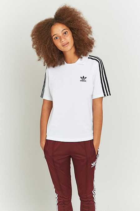 adidas Originals – T-Shirt in Weiß mit 3 Streifen und Polokragen