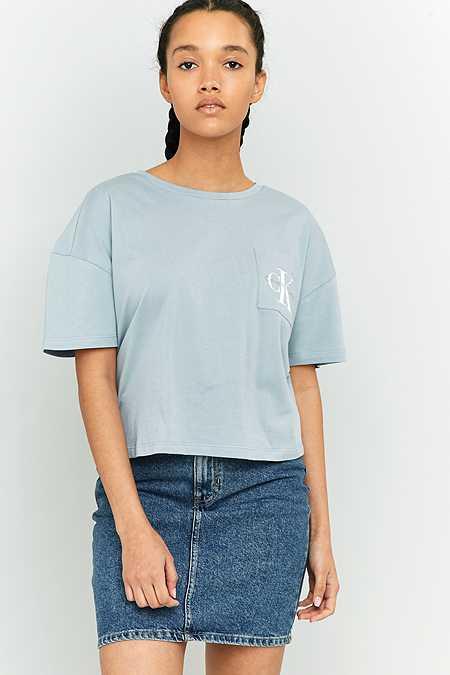Calvin Klein – Crop Top in Blau mit Tasche