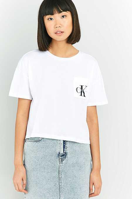 Calvin Klein – Kurzes T-Shirt in Weiß mit Tasche