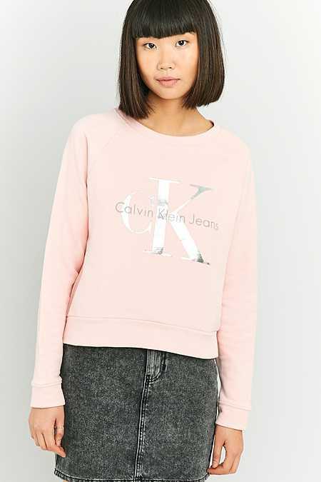 Calvin Klein – Gekürztes Sweatshirt in Rosé mit Folienlogo