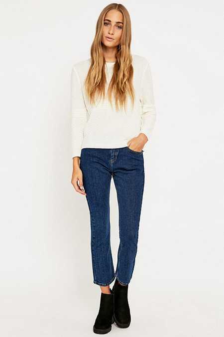 BDG – Kurze Jeans in Indigoblau mit ausgestelltem Saum