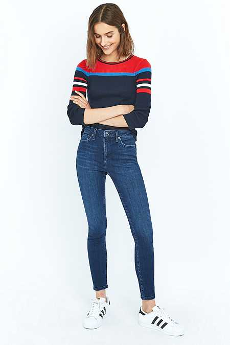 "BDG – Mid-Rise-Skinny-Jeans ""Breeze"" in Dunkelblau"