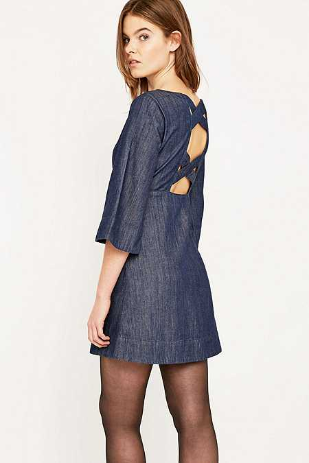 Urban Outfitters - Robe Brooklyn à manches cloche