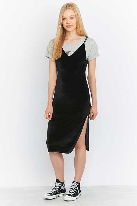 Pins & Needles Apex Velvet Midi Dress