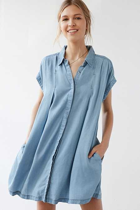Urban Outfitters Charmane Blue Chambray Dress