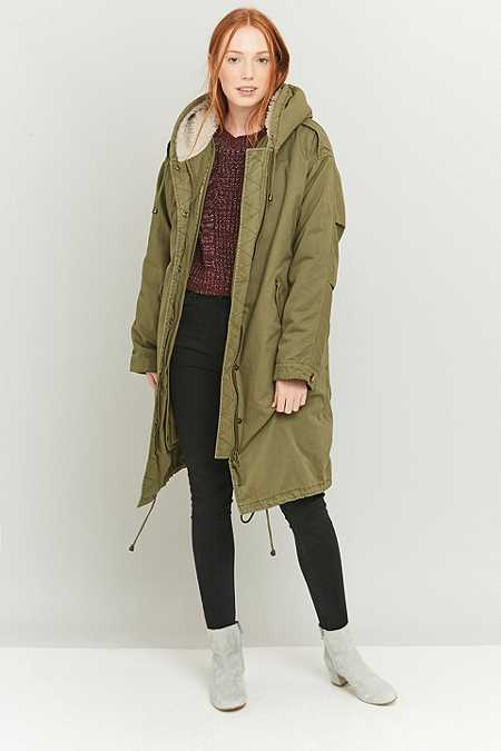 Light Before – Military-Parka mit Sherpa-Futter in Khaki