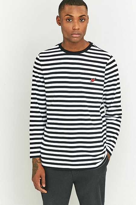 Shore Leave by Urban Outfitters - T-shirt manches longues rayé noir et blanc avec écusson cœur