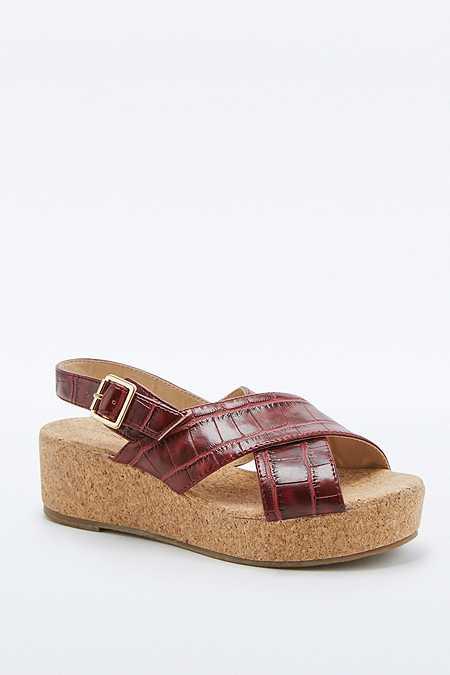 Chaussures compensées Careen rouges à brides croisées