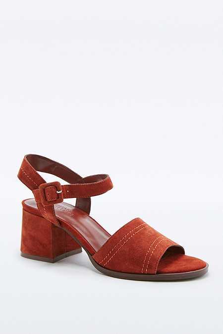 Mia - Chaussures rouille à talons et surpiqûres