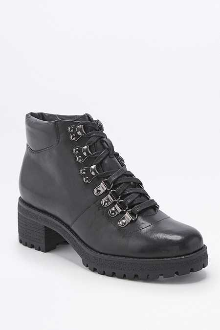 Boots Women S Shoes Urban Outfitters