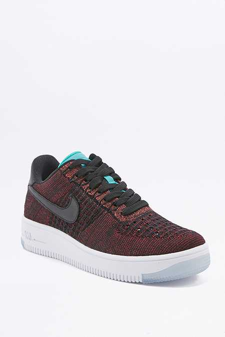 "Nike – Flacher Sneaker ""Air Force 1 Flyknit"" in Rot"