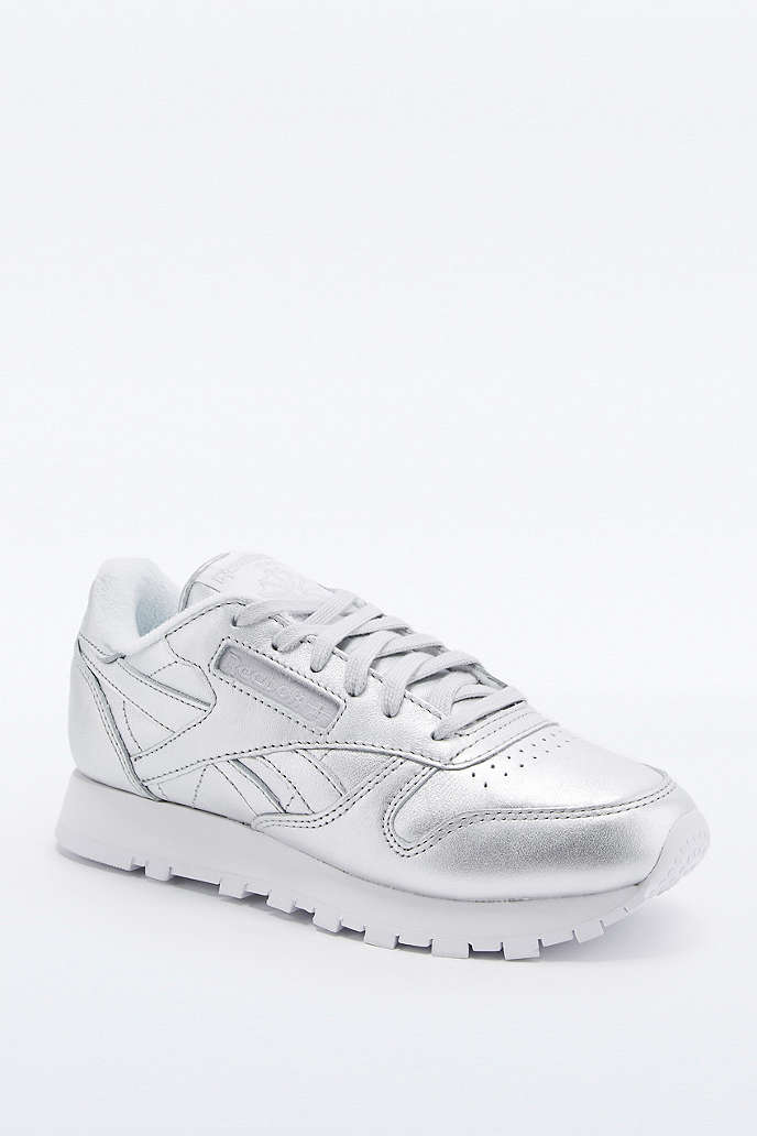 reebok classic trainers review