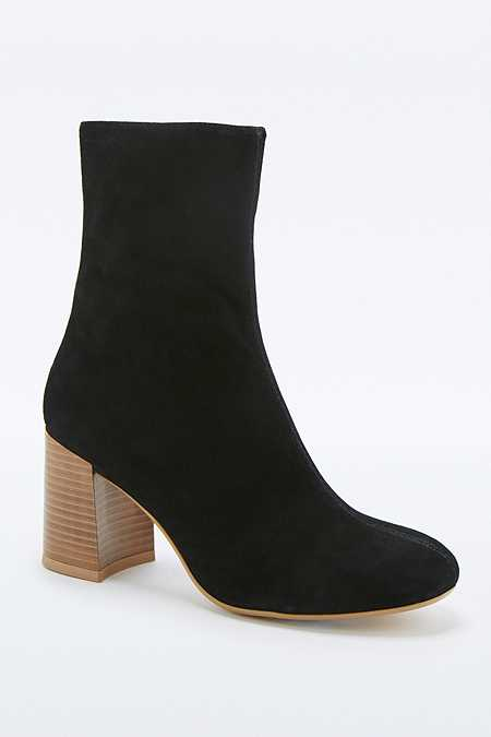 Vagabond Kaley Black Suede Calf Boots
