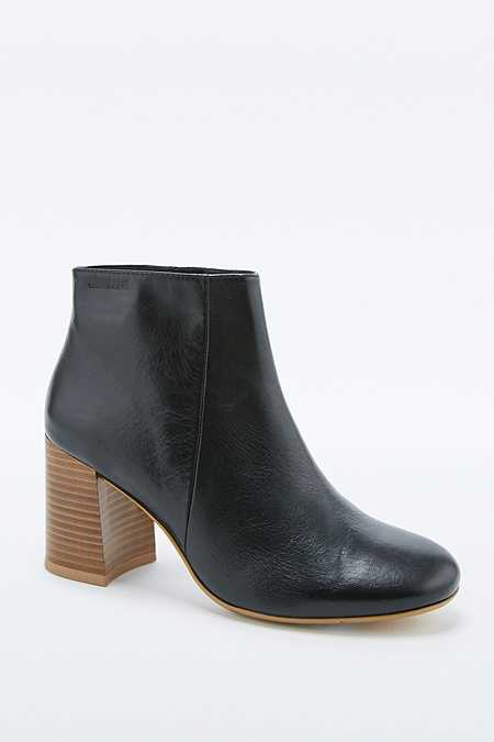 Vagabond Kaley Black Leather Ankle Boots