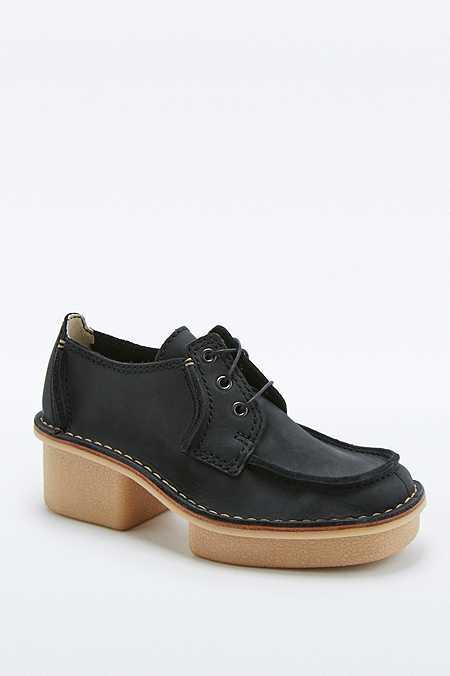 Clarks - Chaussures Veldta Aurberon noires à talons