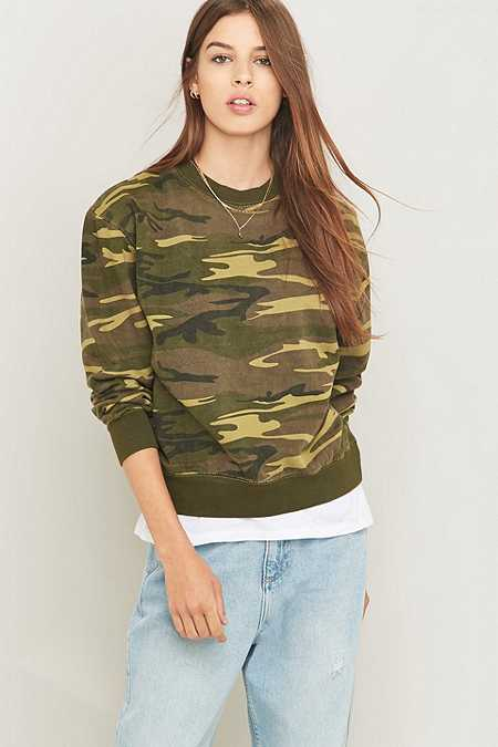 Urban Renewal Vintage Customised Washed Camo Sweatshirt