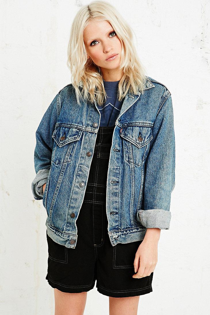 vintage renewal levi s denim jacket in blue urban outfitters. Black Bedroom Furniture Sets. Home Design Ideas