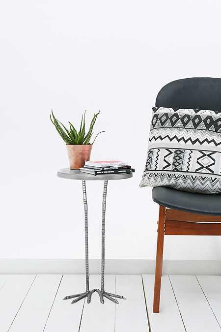 Tische einrichtungsgegest nde urban outfitters for Tische exklusiv