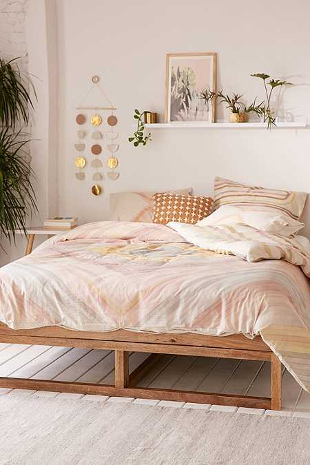 Duvet covers pillow cases urban outfitters for Bedroom urban outfitters