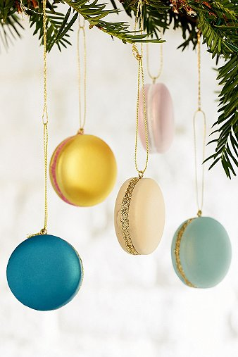 Macaron ornament set urban outfitters - Bon de reduction urban outfitters ...