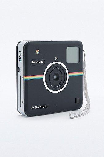 polaroid kamera socialmatic in schwarz urban outfitters. Black Bedroom Furniture Sets. Home Design Ideas
