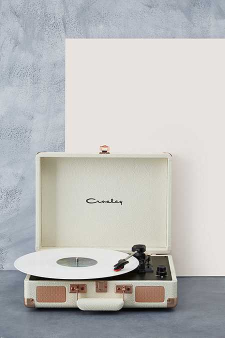 Tourne disques urban outfitters - Tourne disque urban outfitters ...