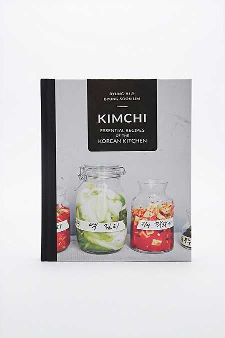 Kimchi: Essential Recipes of the Korean Kitchen Book