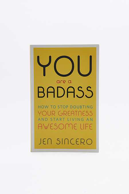 Livre You Are a Badass : How to Stop Doubting Your Greatness and Start Living an Awesome Life