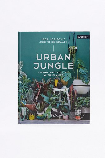 livre urban jungle living and styling with plants urban outfitters. Black Bedroom Furniture Sets. Home Design Ideas
