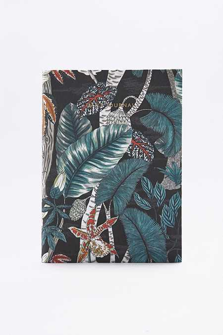 agenda urban outfitters