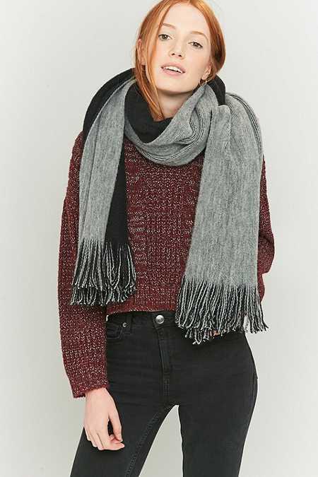 2-farbiger, langer und gebürsteter Schal