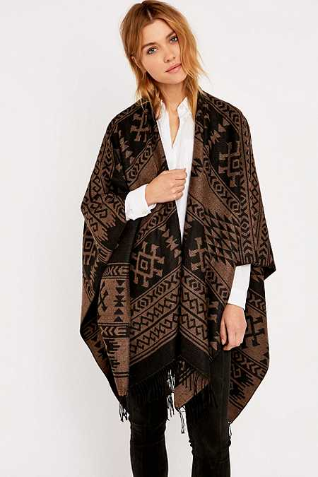 Kiboots Reversible Fringe Brown Cape