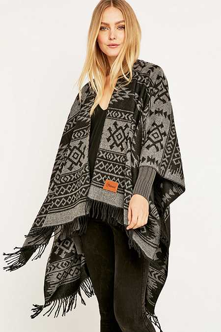 Kiboots Reversible Black Fringe Cape