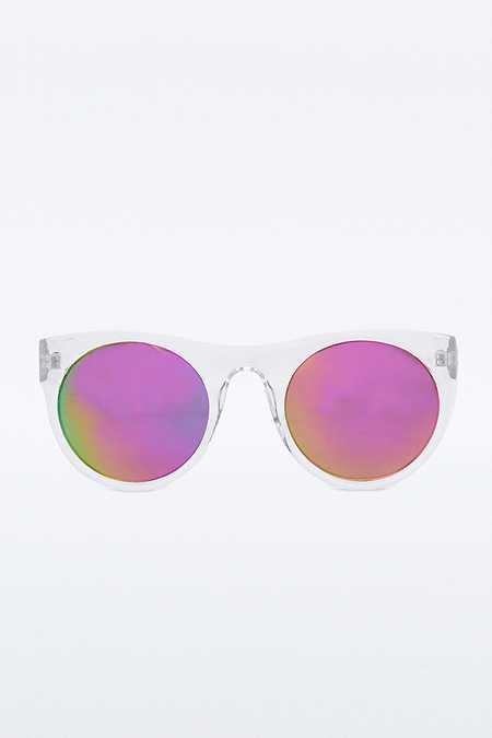 Sonnenbrille mit runden, verspiegelten Gläsern und flacher Oberseite
