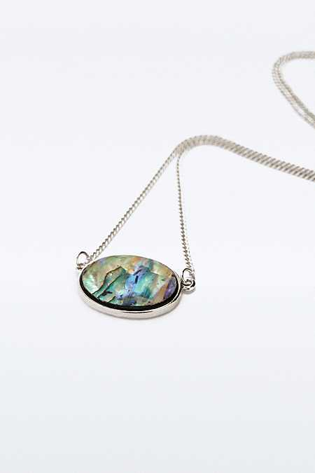 Shell Inlay Pendant Necklace