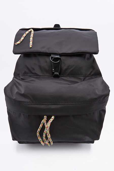 Petit sac à dos de randonnée noir