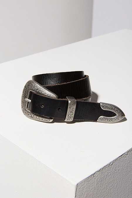 Ledergürtel im Westernstyle mit Metalldetails