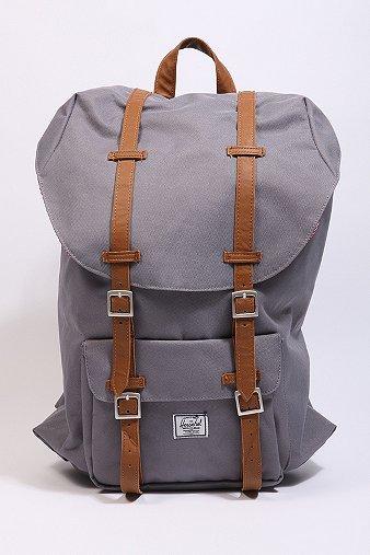 8c3b41c2780c Show your Bag Backpack – Designer News