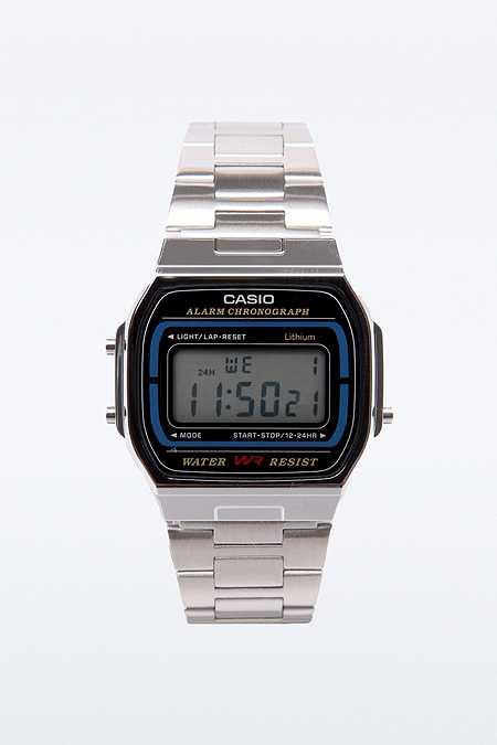 Casio Silberne, digitale Armbanduhr im Retrostil