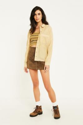 Urban Outfitters– Gestreiftes Twillhemd In Camel Mit Knopfleiste by Urban Outfitters Shoppen