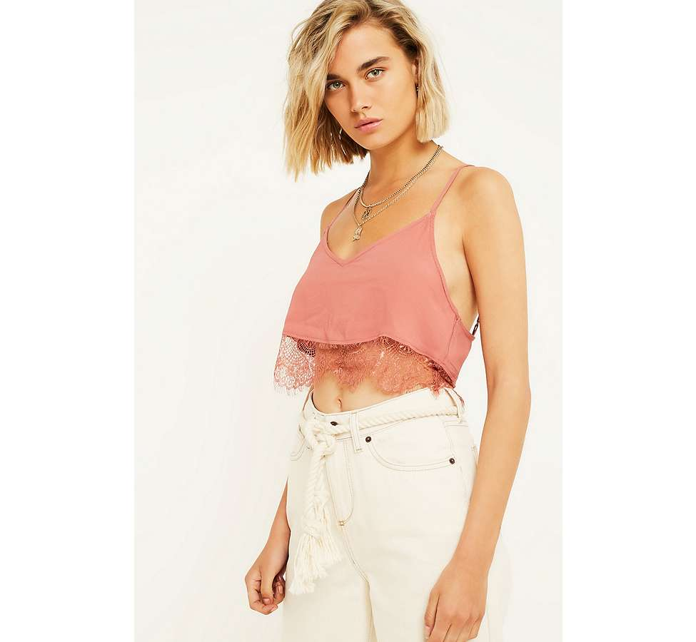 Slide View: 1: UO Vera Pink Cropped Lace Cami