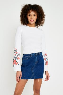 Pins and Needles - Pins  &  Needles Floral Embroidered Flute Sleeve Top, White