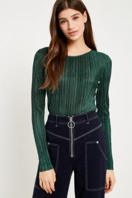 Urban Outfitters - UO Plisse Contrast Stripe Side Long Sleeve Top, Green