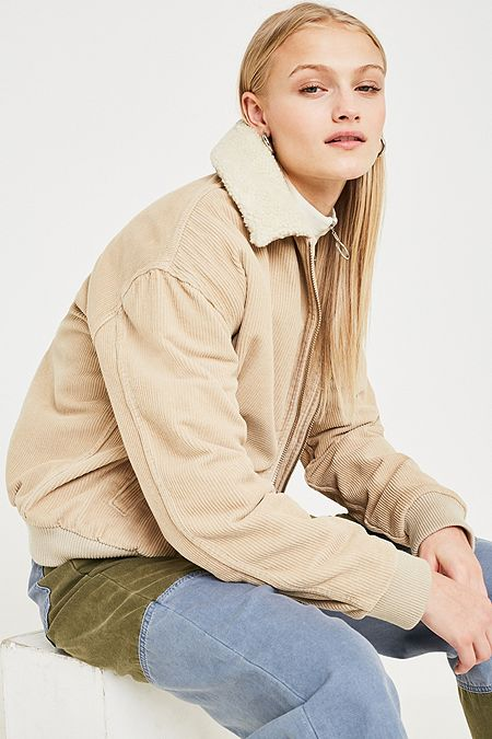 Femme Et En Jean Bdg Urban Beige Fr Outfitters Aries Sfa6ff Vestes 8O0wPkXn