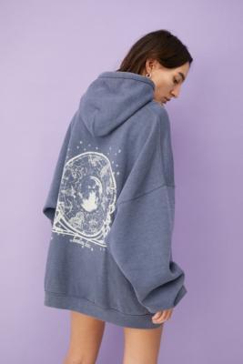 UO - Robe sweat à capuche astronomie - Urban Outfitters - Modalova
